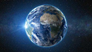 """Photo of Ah, harusnya bukan """"Selamatkan Bumi"""" tapi justru """"Selamatkan Manusia"""""""